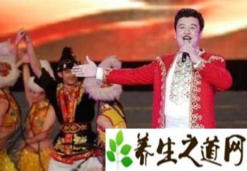 维吾尔族音乐简介 维吾尔族的民歌和乐器