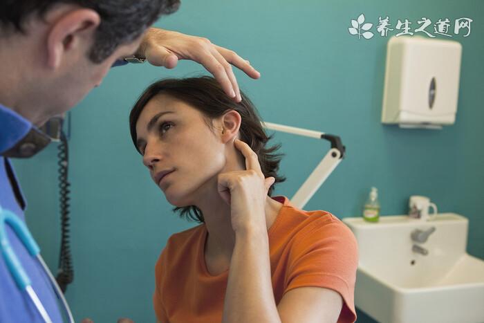 中耳炎怎么引起的