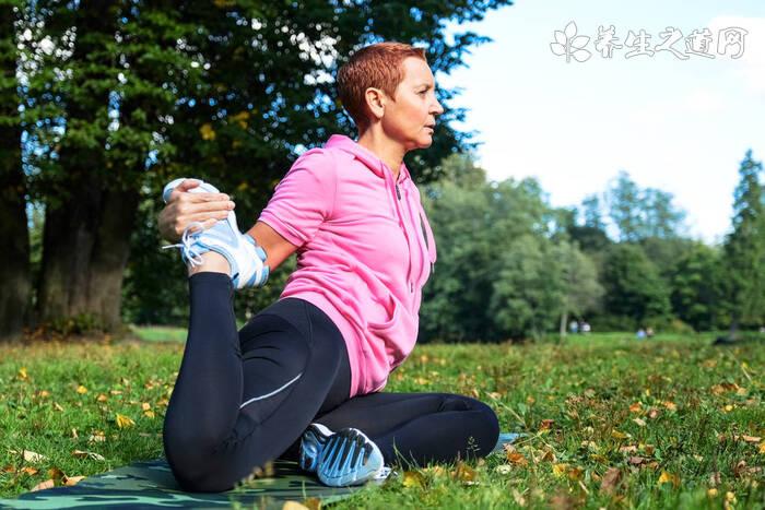 哪些瑜伽动作可以纠正驼背