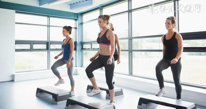 女人健身动作训练注意什么